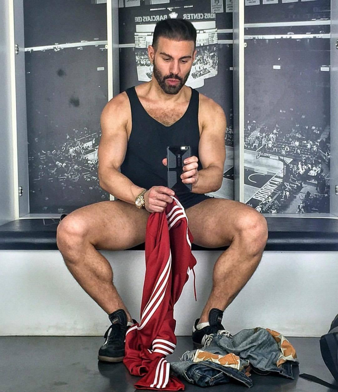2018-11-23 15:57:42 - gregorynalbone red adidas at adidas beardburnme http://www.neofic.com