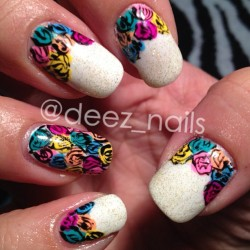 more floral nails (i miss having longer nails 😫) #deeznails #nails #nailart #nailswag #nailporn #nailed #naildesign #nailartist #naildesigner #floralnails #floral#vancouver #vancouvernails #richmond#steveston #spring #springnails #notd #nail_fans#nailsoftheday