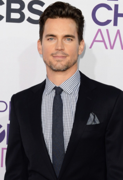 2013 PEOPLE'S CHOICE AWARDS - MATT BOMER  2013 has sure kicked off with a fabulous start in Hollywood, with the 2013 People's Choice Awards taking place today. The hottest stars in tinsel town attended the event at the Nokia Theatre in Los Angeles and we assure you that there was plenty to see when it came to the hot frocks and shocks in the fashion stakes! Here are the hottest red carpet photos for YOUR viewing pleasure! Image Source: Just Jared