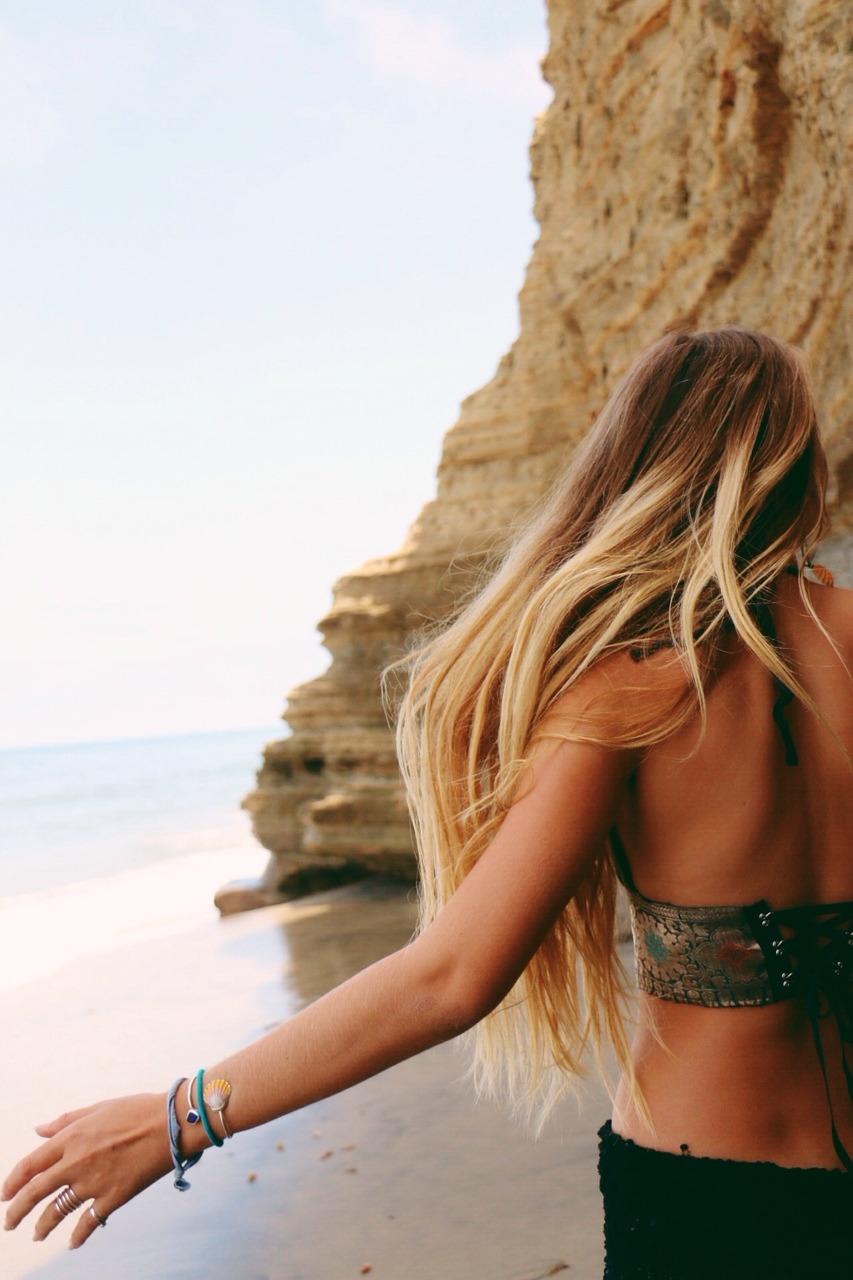 Фотографии девушка блондинка со спины 16 фотография