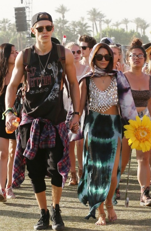 thehollywoodfashionreview:  Austin Butler and Vanessa Hudgens at Coachella