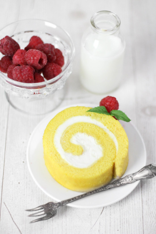 Lemon Cream Roulade by Sprinkle Bakes