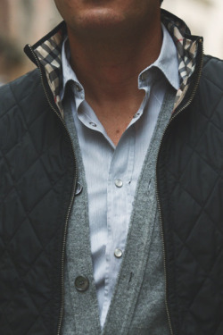 maninpink:  Layered look | If you know where to buy this cloth or any other alike please leave the comment in my blog. Thx. Terry