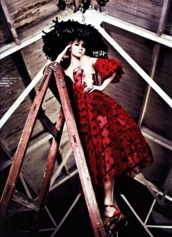 asianfashionandphotograph:  CL for W Magazine April Issue '13 p.7 cr : kmagazinelovers