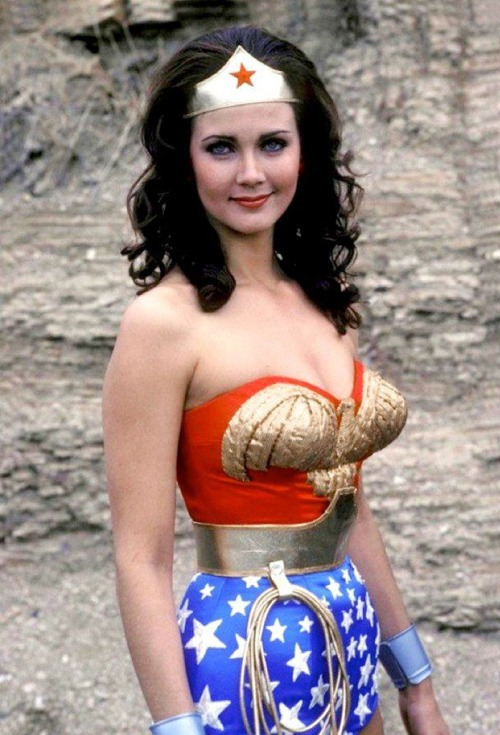 retrogirly:Wonder WomanI get jealous every time I see a picture of Linda Carter as Wonder Woman, I so want her figure. And the Wonder Woman costume of course.