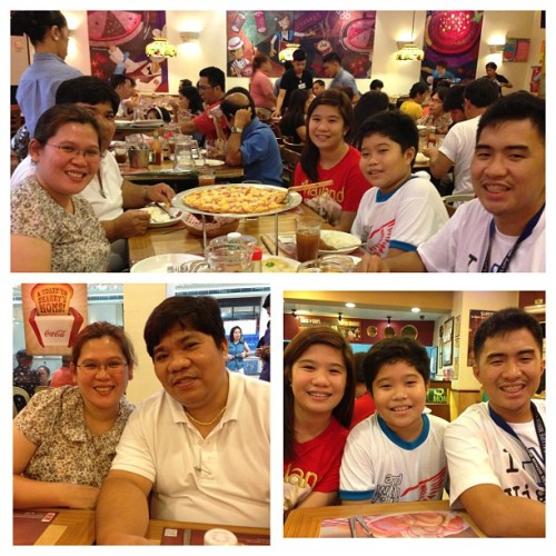 Mother's day celebration. ☺ #fambam #shakeys #pizza #lunch #yumyum #happy #happytummy (at Shakey's)