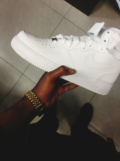 itscyran:  So Air Force 1s are coming back into style