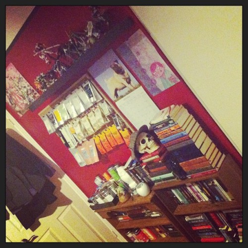 Day 14 of #januarychallenge : your room. Tea wall, books and gundam shelf #gundam #anime #skull #books #tea
