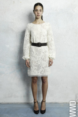 womensweardaily:  Luisa Beccaria Pre-Fall 2013  Love!