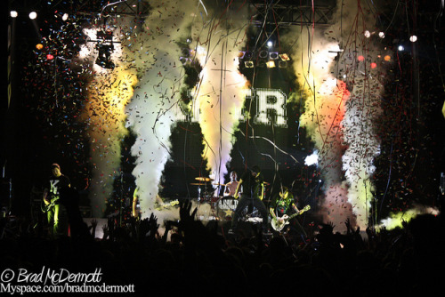 ineedtofindmywaybacktothestart:  A Day To Remember April 7, 2010 at The Electric Factory in Philadelphia by Brad McDermott on Flickr.