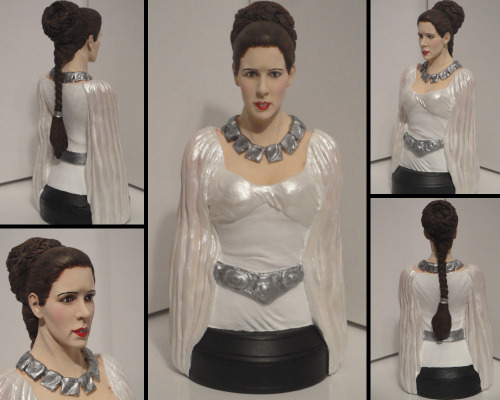 Custom-made Princess Leia bust from the final scene of Star Wars: Episode IV - A New Hope Princess Leia Ceremonial Gown - OOAK Custom Gentle Giant …