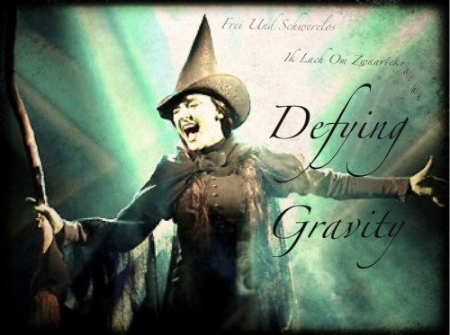 sometragicfairytale:  Willemijn and her many Elphaba anthems