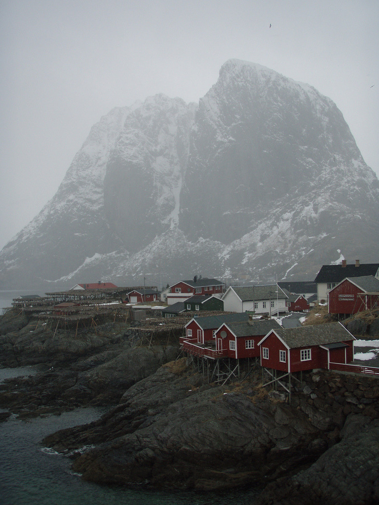 nosens:  Lofoten April 08 131 - Hamnøya (by alun w)