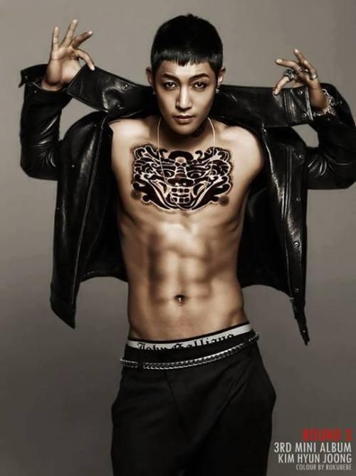 ladycr7khj: Dear Omma \(@.@)/OppaKim HyunJoong