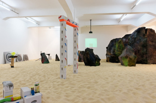 villanoailles:  Jerszy Seymour, The Universe Wants To Play, Installation View at Galerie Crone, 2013. Courtesy: Galerie Crone Photo: Marcus Schneider.