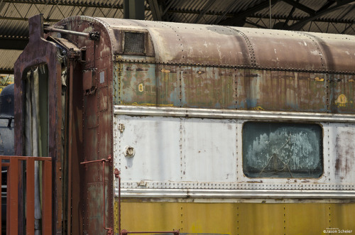decaying traincar on Flickr.