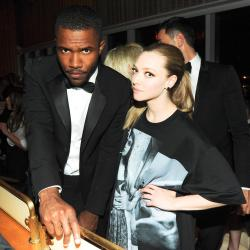 newyorksbabe:  lets-be-stronger-together:  MET Gala 2013 : Frank Ocean and Amanda Seyfried  OH MY GOD I LOVE THEM SO MUCH O M G