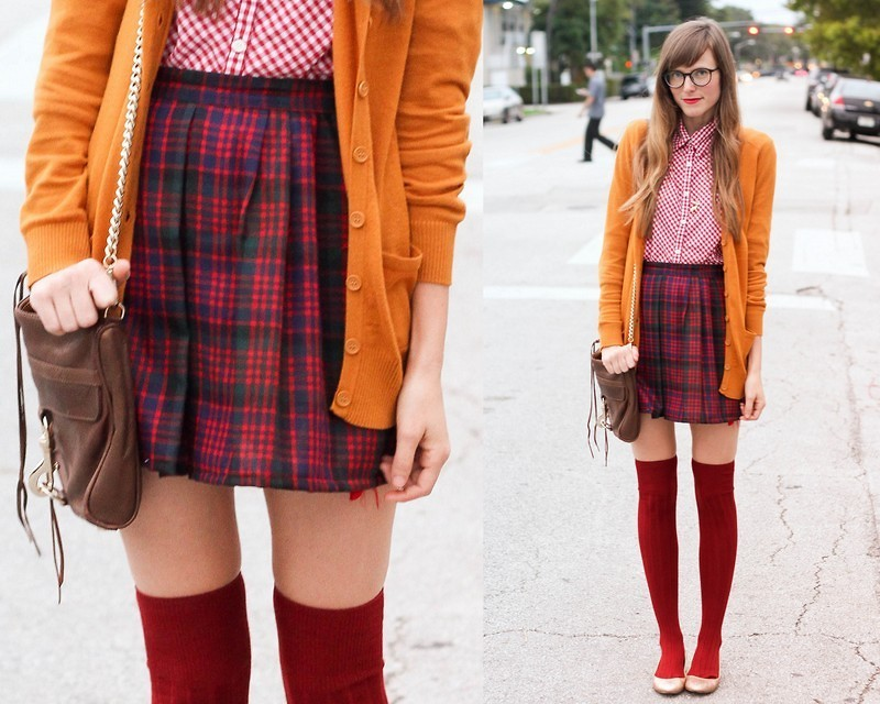 #mixedpatternsbychoice lookbookdotnu:  Plaid, please. (by Steffy Kuncman)