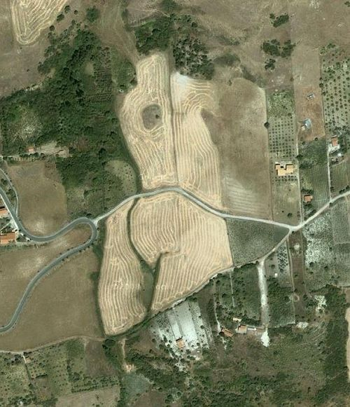 menstrualcycleemptiness:  via Field-on-google-maps-thats-shaped-like-a-bum.html