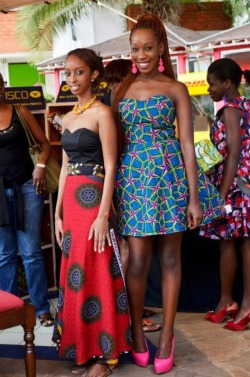 "Fashionistas at the latest edition of the ""Kitenge Festival"" in Nairobi (#Kenya)."