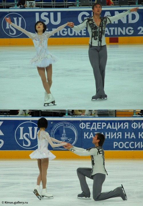 Yuko Kavaguti and Alexander Smirnov skating to The Swan at the 2008 Cup of Russia.