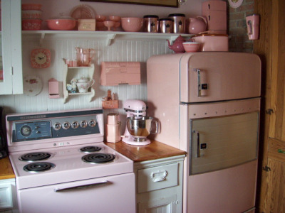petitedama:  pink 56 by outhouse man on Flickr.