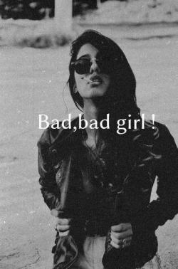 shewantsabeautifullive:  bad girl | via Tumblr auf We Heart It. http://weheartit.com/entry/61383328/via/hahahhahhahah