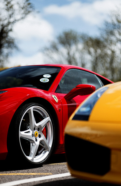 wellisnthatnice:  Ferrari by pyntofmyld on Flickr.