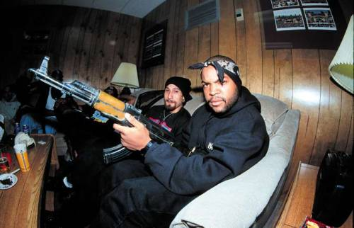 juniorlagrande:  Ice Cube & B Real .
