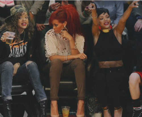 golddiggerr:  ba-donka-donk-x:  the middle one Rih is the sexiest lol  http://instagram.com/keepitklassyy