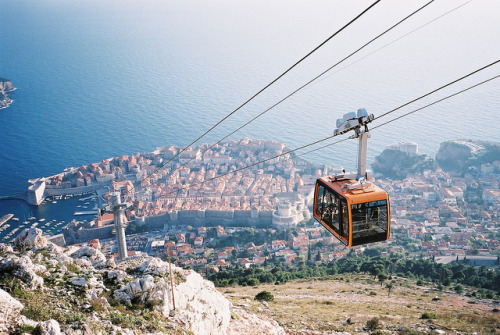 imperfectio:  Cable car of Dubrovnik by Dr Hao on Flickr.