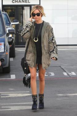 fashion style street style actress famous celeb ashley tisdale