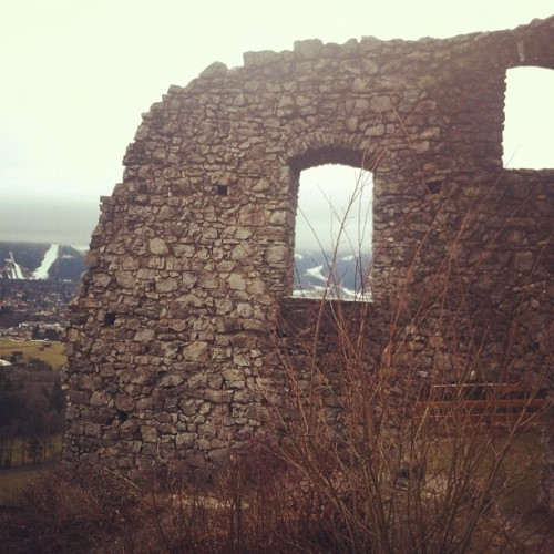 Only in #Bavaria - #castle ruin and ski jump! In Garmisch-Partenkirchen #Germany