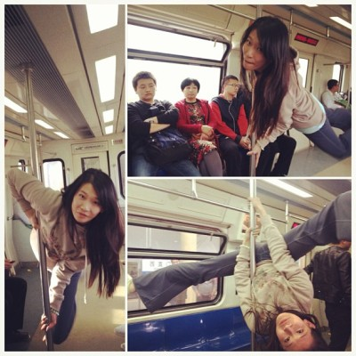 Poling on the subway in Beijing. Got some strange looks from ou tannies here :p