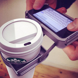 nise3kawan:  So It's Come To This: iPhone Case With Cup Holder | Geekologie