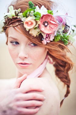 veilsandtales:  photographer: just for you via lovely bride via at first blush