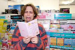 terrysdiary:  Matthew Gray Gubler… Mom!
