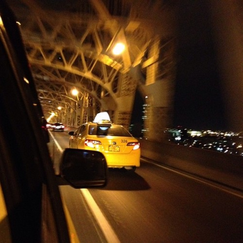Going home #taxi #cab #newyork  (at Ed Koch Queensboro Bridge)