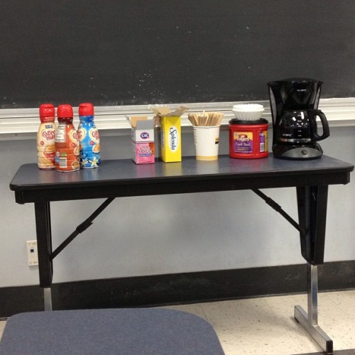 Wait I have the best TA ever #8amdiscussion #coffee #secondweek #nofilter #coffeefilter