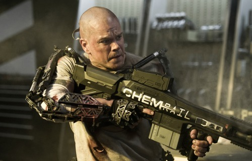 totalfilm:  Watch Matt Damon go sci-fi bad ass in the first Elysium trailer The follow-up to District 9 looks utterly sensational already….
