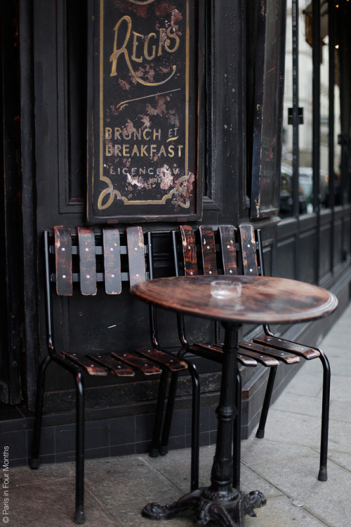 candies-for-my-eyes:  Café Saint Régis on Île Saint Louis (by Paris in Four Months)