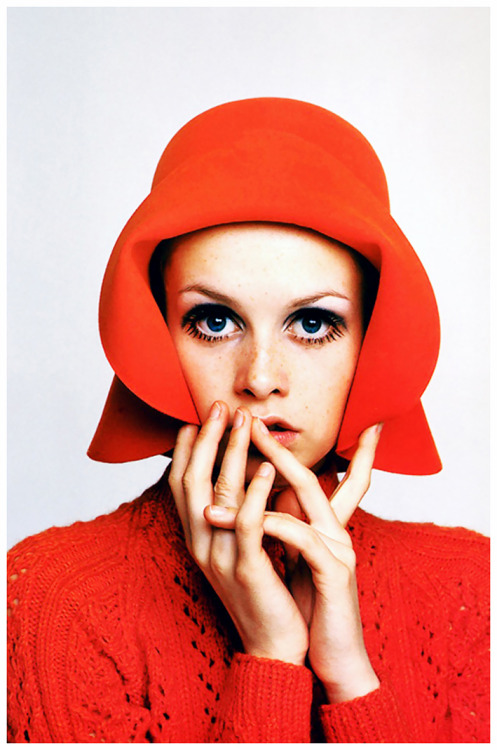 analogue-jugend:  twiggy (1967) ©richard avedon