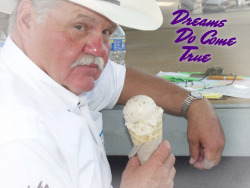 dneaves:  bloody-nips:  is that Doug Dimmadome, owner of the Dimmsdale Dimmadome?  I think that is Doug Dimmadome, owner of the Dimmsdale Dimmadome, eating a Dimmsdale Dimmacone