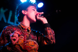 "blackfashion:  Selina Carrera opening for Musiq Soulchild Philadelphia SelinaCarrera.com  Listen y'all stop what you're doing right now and go download ""The Wonder Years"" a new mixtape dropped by Selina Carrera. It's doooooope! ""Find it Funny"" is my personal favorite: http://selinacarrera.bandcamp.com/album/the-wonder-years"