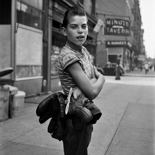 keochan:  blown away by this  VIVIAN MAIER.