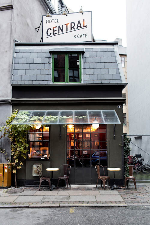 secretrepublic:  World's Smallest Hotel & Cafe, Copenhagen