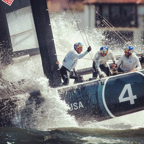 americascup:  Keep an eye out #oracleteamusa #artemisracing #AC45 training this arvo #americascup #summerofracing  (at San Francisco Bay)