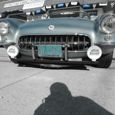 #CLaSsiC…this is a baby blu 1956 sR coRveTTe…only 350 of these eva made off the line.. iTs not everyday U see a car running that was made b4 our grandparents were born…clean too #FoReveRFLy #photooftheday #noFiLTeR #niKoN #urban #photography #covertible #chevy #corvette #atlanta #claSsiC #oldschool #cars
