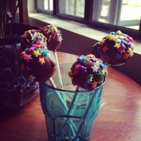this is the first cakepop I made  and its fun :)