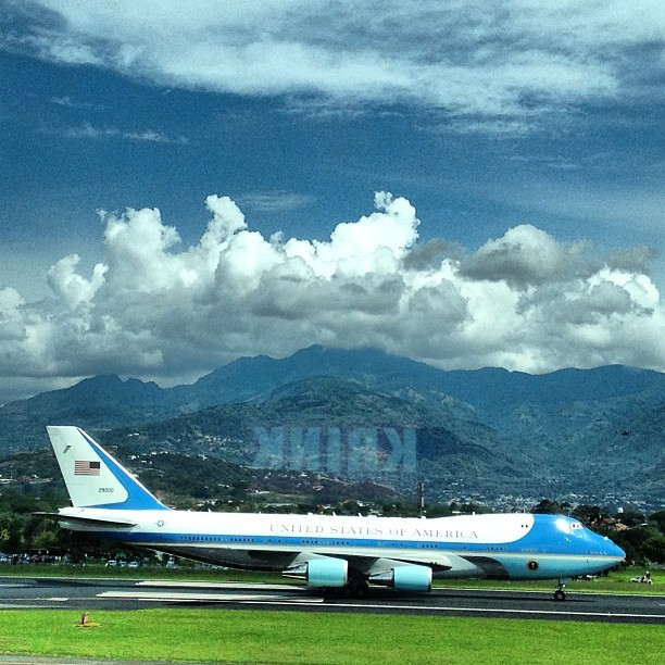 Obama rolling thru. #causingdelays